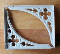 """2 x 8x7"""" CAST IRON VICTORIAN SHELF CISTERN BRACKETS ANTIQUE GOTHIC HEAVY WHITE"""