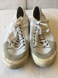 """PRE OWNED """"JUMP"""" FOR THE PEOPLE MENS WHITE LOW TOP SHOES SIZE 7.5"""