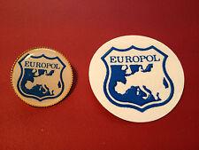 4# EURPOL `EUROPEAN POLICE AGENCY`   GOLD PLATED 25mm BADGE & STICKER