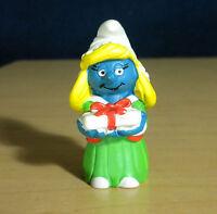 Smurfs 20200 Christmas Smurfette Present Smurf Vintage Figure PVC Toy Figurine