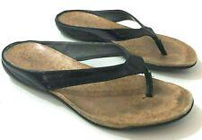 DKNY Womens 8M Sandals Black Faux Leather Flip Flop
