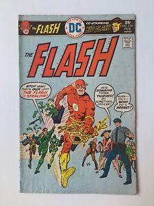 The Flash #239, Vol. 1 - Kid Flash - (DC Comics, 1976) VG+