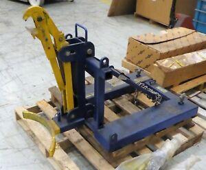 Vestil Automatic Eagle Beak Drum Lifter FMDL-1  1000lb Cap