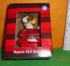 Westland Giftware [ Snoopy ] Salt & Pepper Shakers Magnetic Creamic Nib