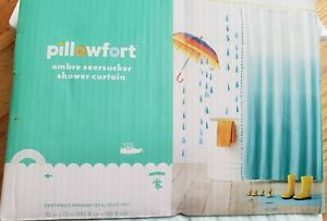 Pillowfort Ombre Seersucker Fabric Shower Curtain green new in package