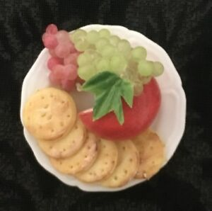 DOLLHOUSE Cheese Crackers Grapes on Plate 1:12 Scale Miniature