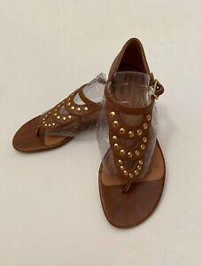 Brown Tan Leather Studded Sandals Corso Como  Thong Style Size 5.5 Preowned
