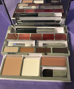 CLINIQUE MAKE UP PALETTE FOR FACE, EYES AND LIPS BNIB
