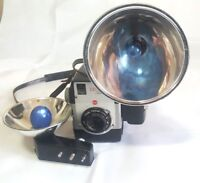 Kodak Brownie Bulles Eye Camera w 2 Flashes w Bulbs Twindar Lens Untested for Pa