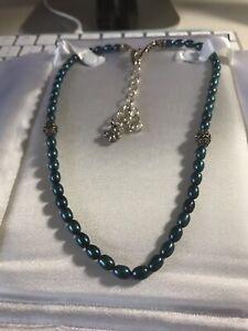 Barbara Bixby peacock blue pearl necklace