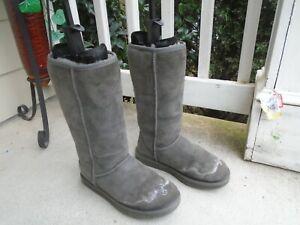 Ugg Australia Classic Tall 5815 gray  Suede SHEEPSKIN  Boots SIZE  8
