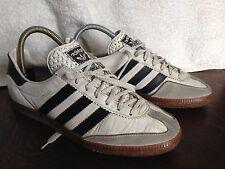 Sneakers Adidas vintage Universal primer modelo años 70 EU 39 - US 7