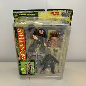 Vintage 1997 *NOS Todd McFarlane Toy's Series One Monsters Hunchback Playset
