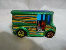 HOT WHEELS - BREAD BOX - 1:64 - VARIATION R0929 RARE PSYCEDELIC GREEN USED