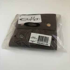 Oakley Earth Brown Identity Wallet BNWT Womens Purse New  Display Medusa Gascan