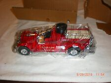 Ertl 1926 Seagrave Fire Truck 1/30 Scale DieCast Metal Bank NEW