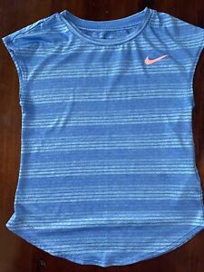 Girls Nike Blue Tee Shirt Girls Med