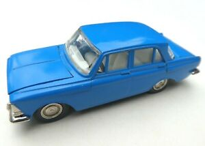 moskwitsch 412    -  1:43  Made in CCCP  ohne OVP # 3484