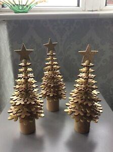 Wooden Christmas tree decoration. Set of three.