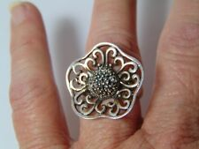 STERLING SILVER RING FLOWER SHAPE WITH MARCASITE IN MIDDLE OF FLOWER SIZE 7