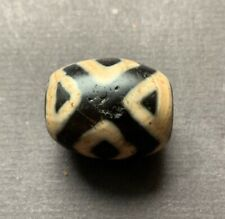 DZI BEAD, Tibet,  Buddha Tian Zhu China Asia Amulett  eyes中国西藏 180