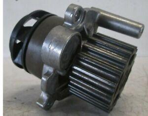 VW Golf V Wasserpumpe 045121019C