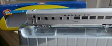 Pre-owned HO SCALE ATHEARN SANTA FE STREAMLINED DINING CAR #1568. 7912. In box!