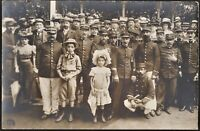 WW1 SOLDIERS AND CIVILS SOCIAL HISTORY WAR ANTIQUE PHOTO RPPC POSTCARD