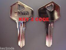 Replacement Gliderol garage door keys Cut to Code  -