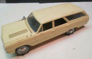 Vintage1964 Chevrolet Chevelle Malibu Station Wagon Built Up Model Kit AMT? NR