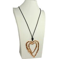 Acabado en capas enorme Martillado Doble Oro Corazón Colgante Collar Largo De Cuero