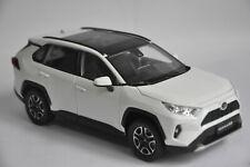 Toyota RAV4 2020 car model in scale 1:18 White