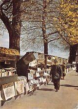 France Paris - Les Bouquinistes Book-stores along the Seine 1954