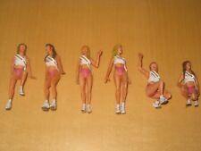 1:24 Hawaiian Tropical Grit Girls Racing - 6 Figures set professional painted