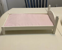 """Pottery Barn White Wood Doll Bed And Mattress For 18"""" Doll"""