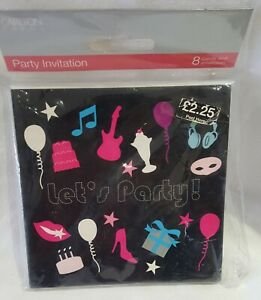 Pack of 8 Party Invitations.
