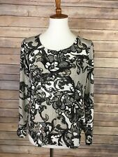 Chicos Size 1 Small Floral Paisley Blouse Rounded Hem Gray Long Sleeve