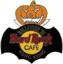 Hard Rock Cafe HONG KONG 1995 HALLOWEEN PIN Jack-o-Lantern w/HRC Logo & Bat Cape