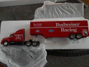 #11 Bill Elliott Budweiser Racing hauler.1993 1/64 Racing Champions BANK.