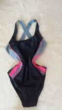 Sprtlicher Badeanzug, Gr. 40, Schwimmer - Stil, neu - ohne Etikett