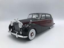 Rolls Royce Silver Wraith Empress by Hooper schwarz/rot  RHD 1956  1:18 MCG NEU