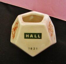 petit pot avec les signatures faience de gien de 1821 à 1971