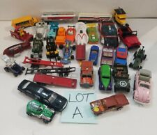 Lot of 33 Diecast & plastic Cars Trucks Boat Hotwheels Maisto Matchbox & more