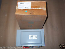 New Siemens HF321NR Safety Switch Disconnect 3 Pole 30 Amp 240v FUSIBLE