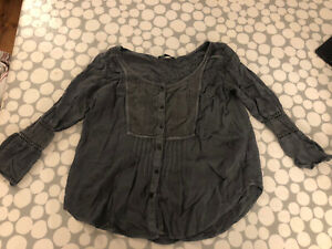 American Eagle Outfitters Size M Charcoal Blouse
