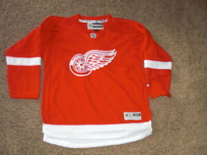 DETROIT RED WINGS fully sewn Reebok Hockey Jersey youth L/XL