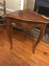Ethan Allen Country French Triangle Accent Side Table 20""