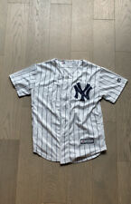 New York Yankees Pinstripe Jersey Youth Small MSRP $50