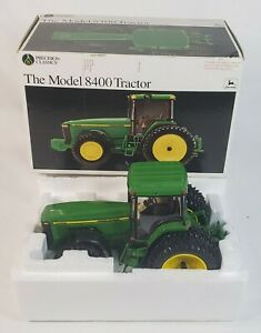 Ertl Precision Classics #8 John Deere Model 8400 Tractor By Ertl 1/32 Scale