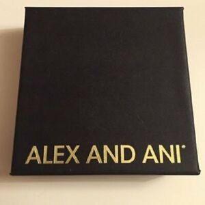Alex and Ani Lucky Clover Expandable Bangle Bracelet  Rafaelian Gold NWTBC